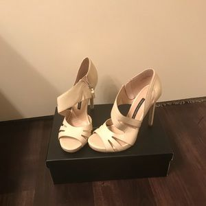 Nude French Connection heel